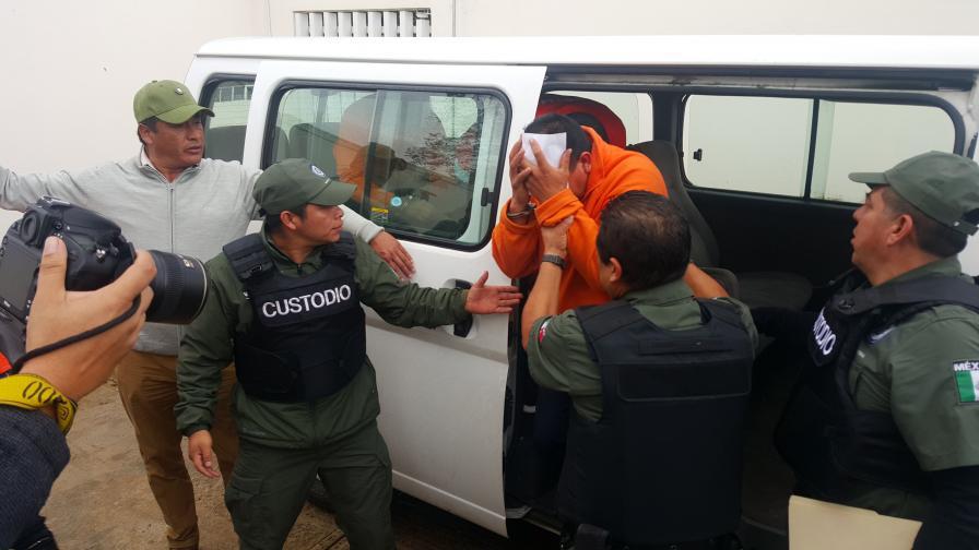 Арестуваха всички полицаи в мексикански град
