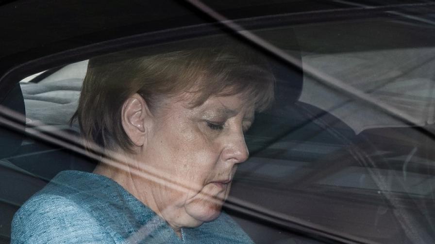 Немската обществена телевизия АРД поиска оставката на Меркел