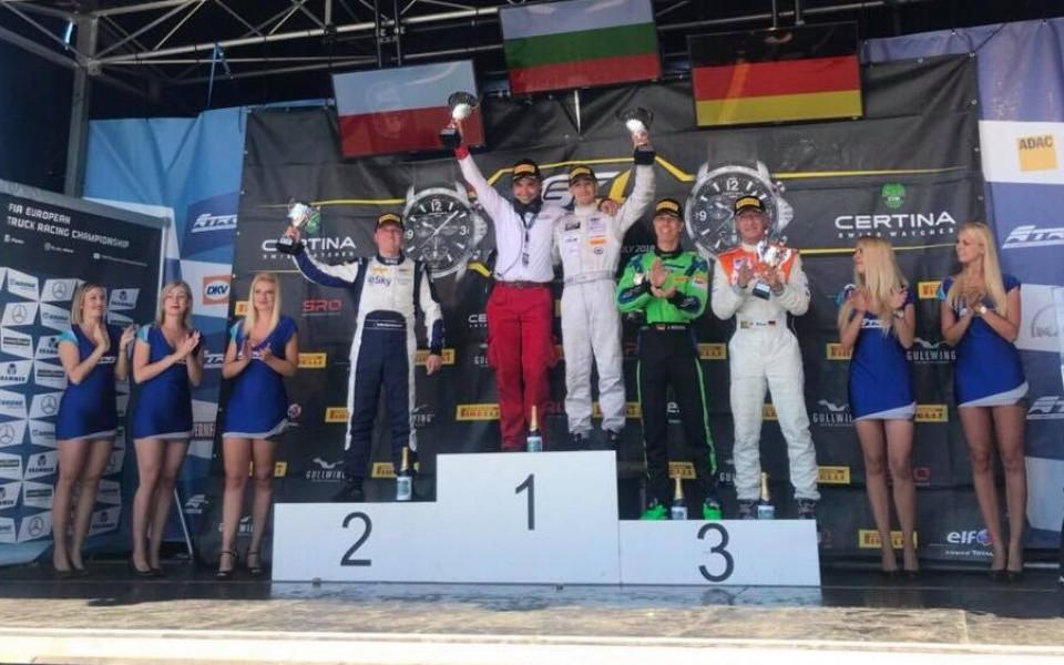 Иван Влъчков спечели второто състезание в GT4 на Нюргбургринг
