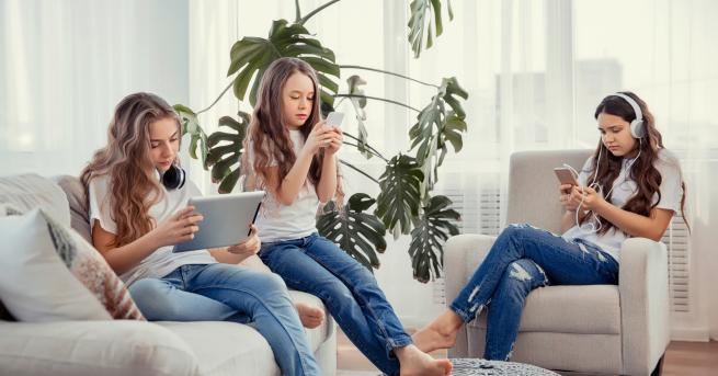 Самочувствието на подрастващите може да зависи от времето, прекарано в