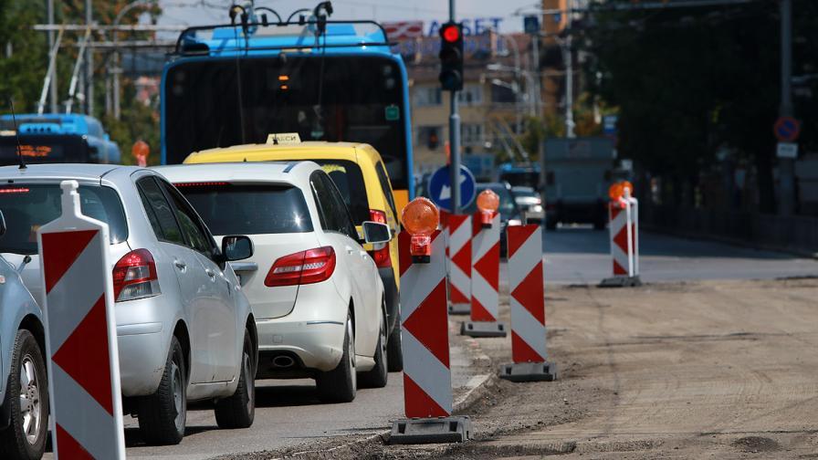 Ремонтите в София ще са готови до 15 септември, промяна с бус лентите