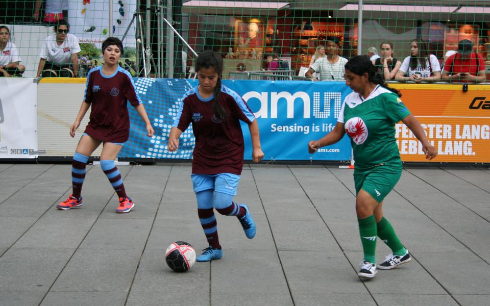 България полуфиналист на футболния фестивал в Грац
