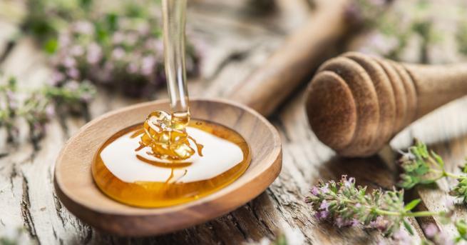 Билките и медът са едни от най-полезните блага на природата,