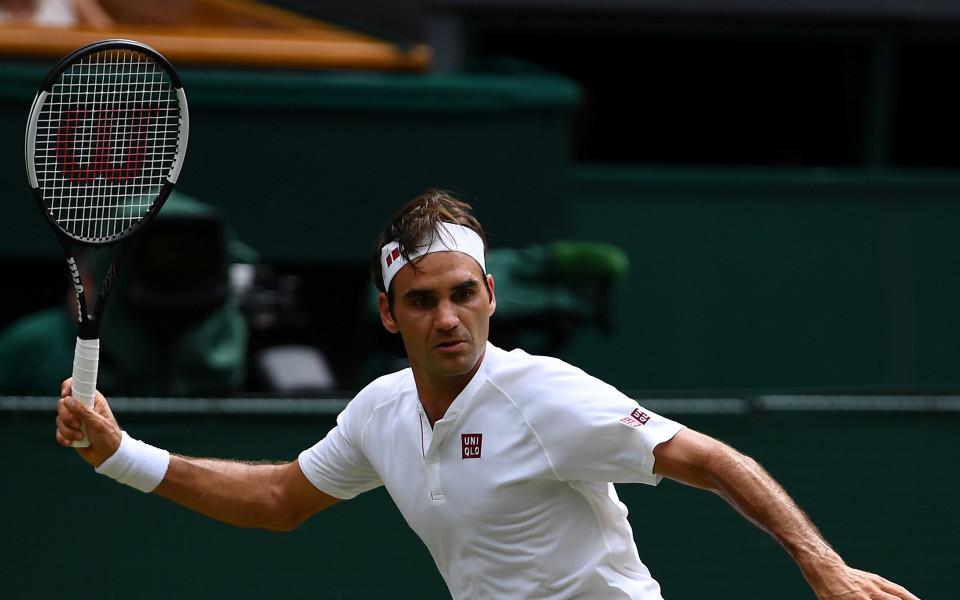 Федерер е четвъртфиналист на Уимбълдън без загубен сет