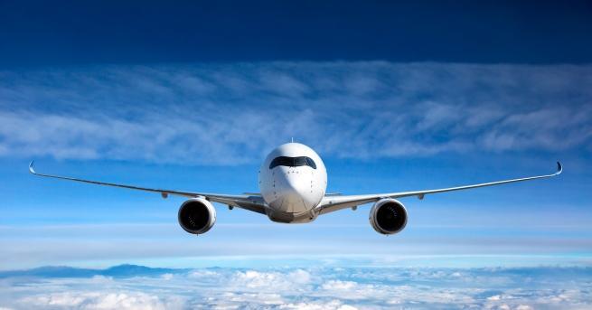 Пътуването със самолет е сред най-приятните: само за няколко часа