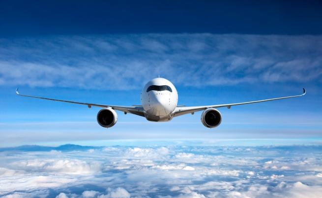 Топ 5 на най-мръсните места в самолета (СНИМКИ)