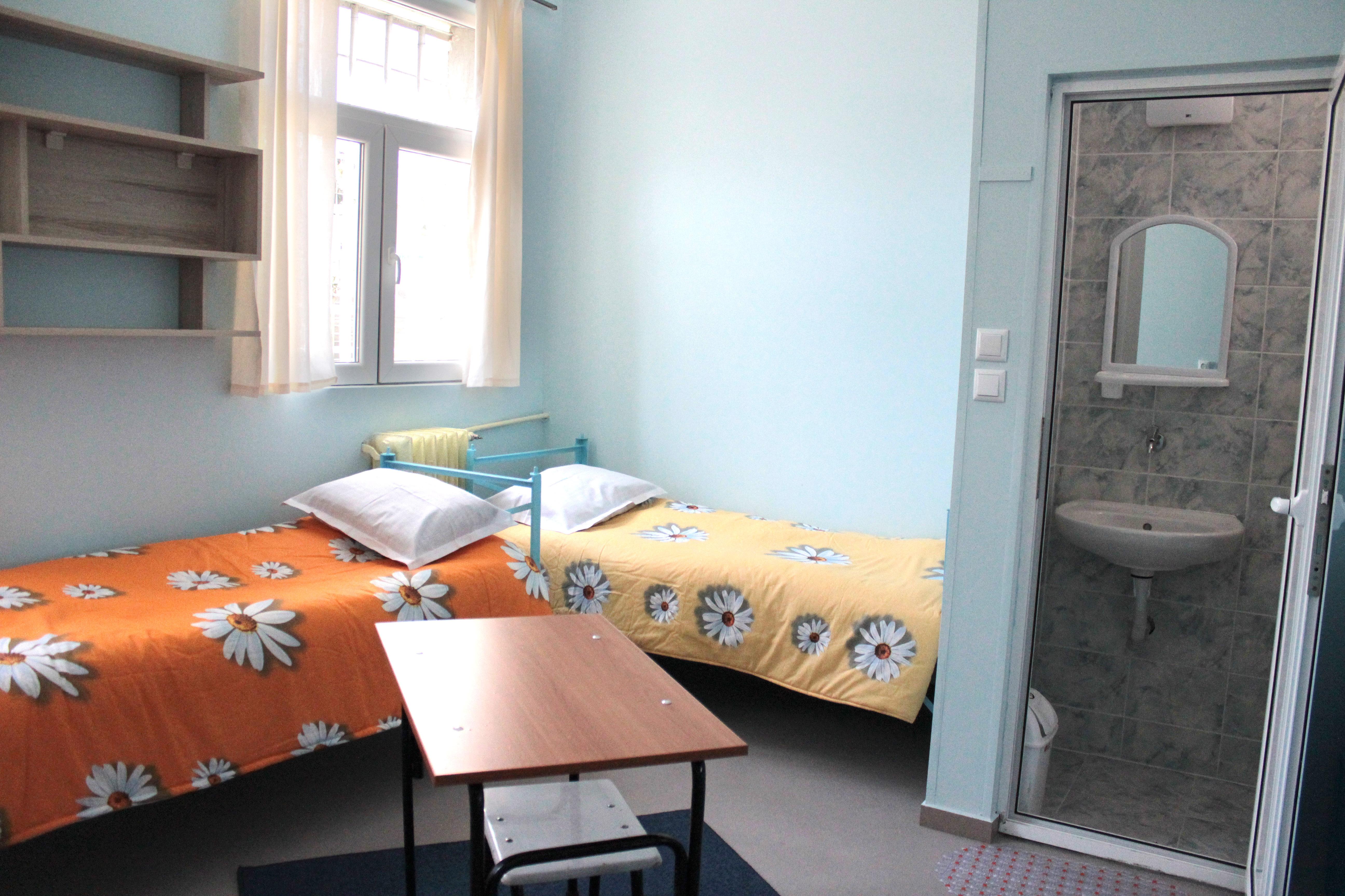 Така изглеждат килиите в Сливен след основния ремонт на тамошния затвор.
