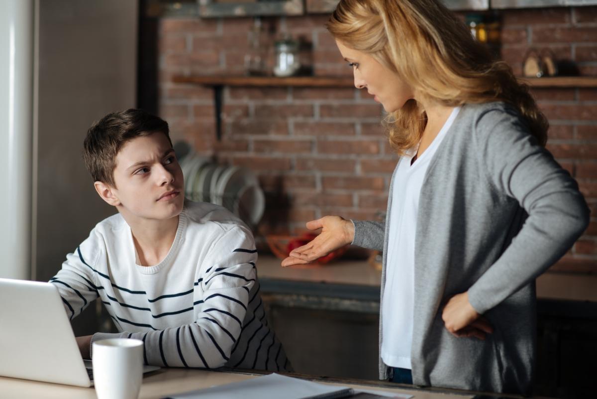 Ако непрекъснато се опитвате да оправдавате очакванията на близките ви или сте изпълнител на техните амбиции и мечти, ане на своите собствени.