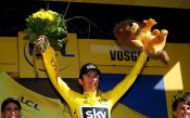 Томас триумфира в легендарното изкачване на Алп Д'Юез на Тур дьо Франс