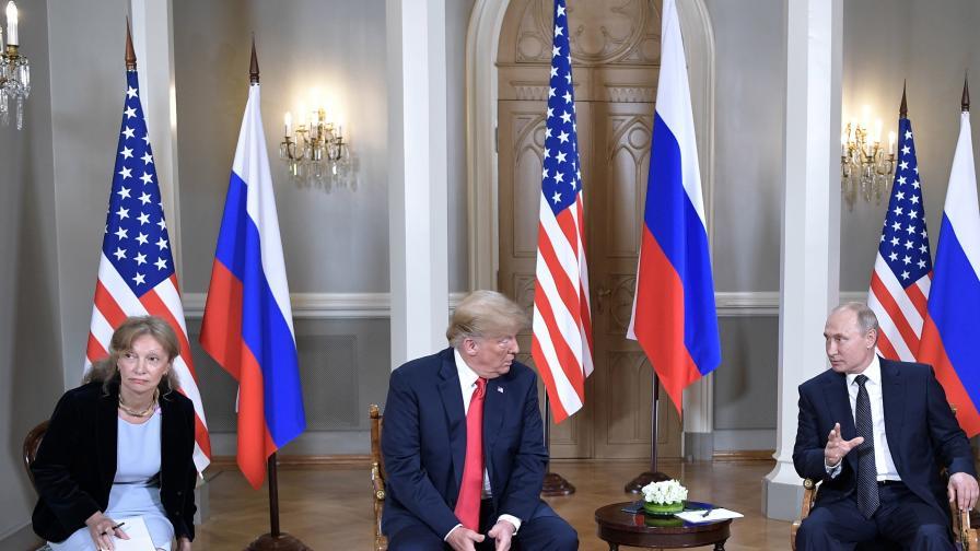 Покана от Тръмп за Путин, шефът на разузнаването не знае