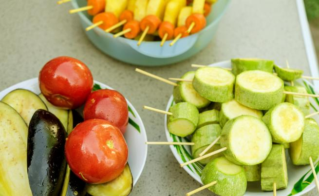 Патладжан или тиквички – какво да сготвим това лято