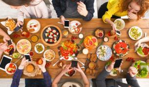 За колко време стомахът се справя с тези храни (СНИМКИ)
