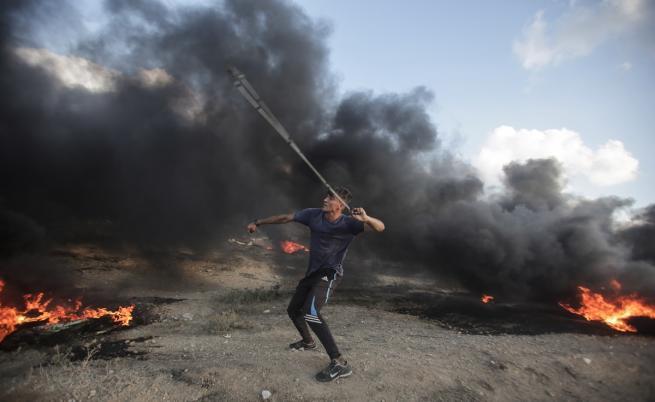 Израел на прага на война, над 300 ракети, изстреляни от Газа