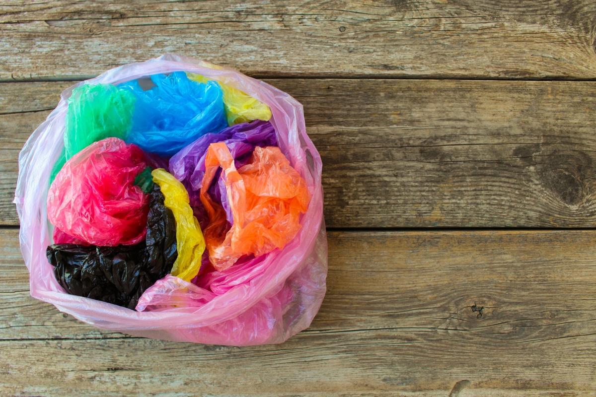 <p>Найлоновите торбички се разграждат за 400 години.&nbsp;</p>