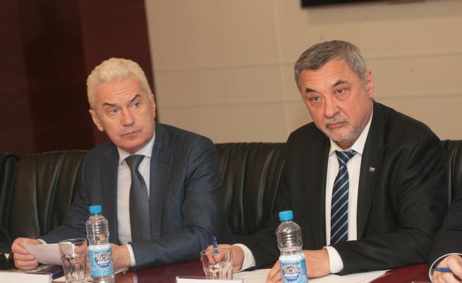 Волен Сидеров обвини Симеонов, НФСБ свали доверието си