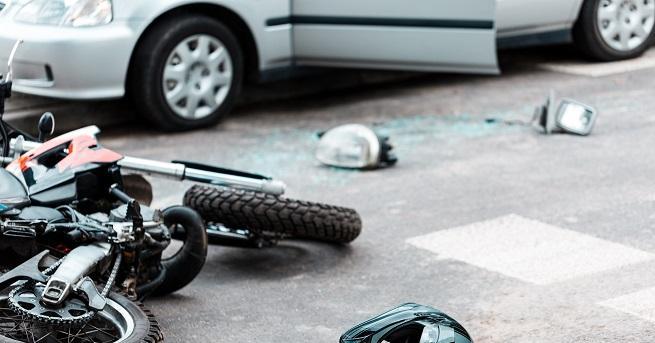 Двама души загинаха при сблъсък на изхода на Враца в
