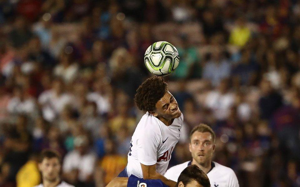 Барселона би с дузпи Тотнъм, Артур впечатли в дебюта си