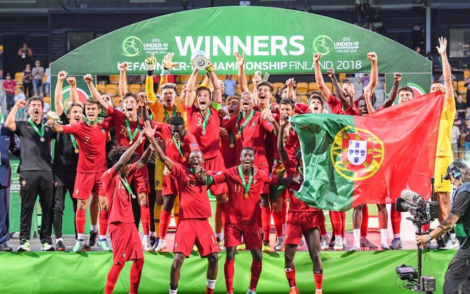 Португалия грабна евротитлата при юношите след финал със 7 гола