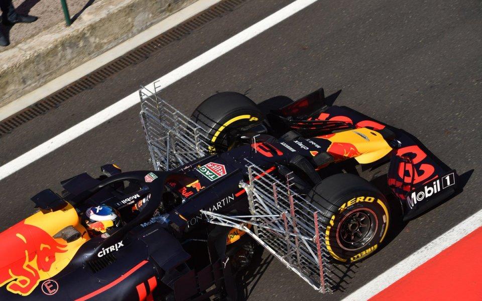 Отборите от Ф1 с първи версии на крилата за 2019-а