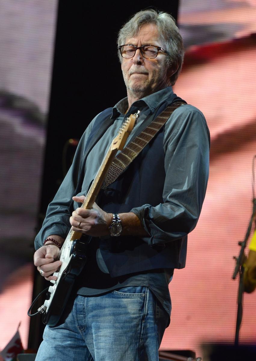 Ерик Клептън. Той е толкова зависим от хероина, че за три години се изолира напълно от света и дори започва да разпродава китарите си, за да се снабди с доза.
