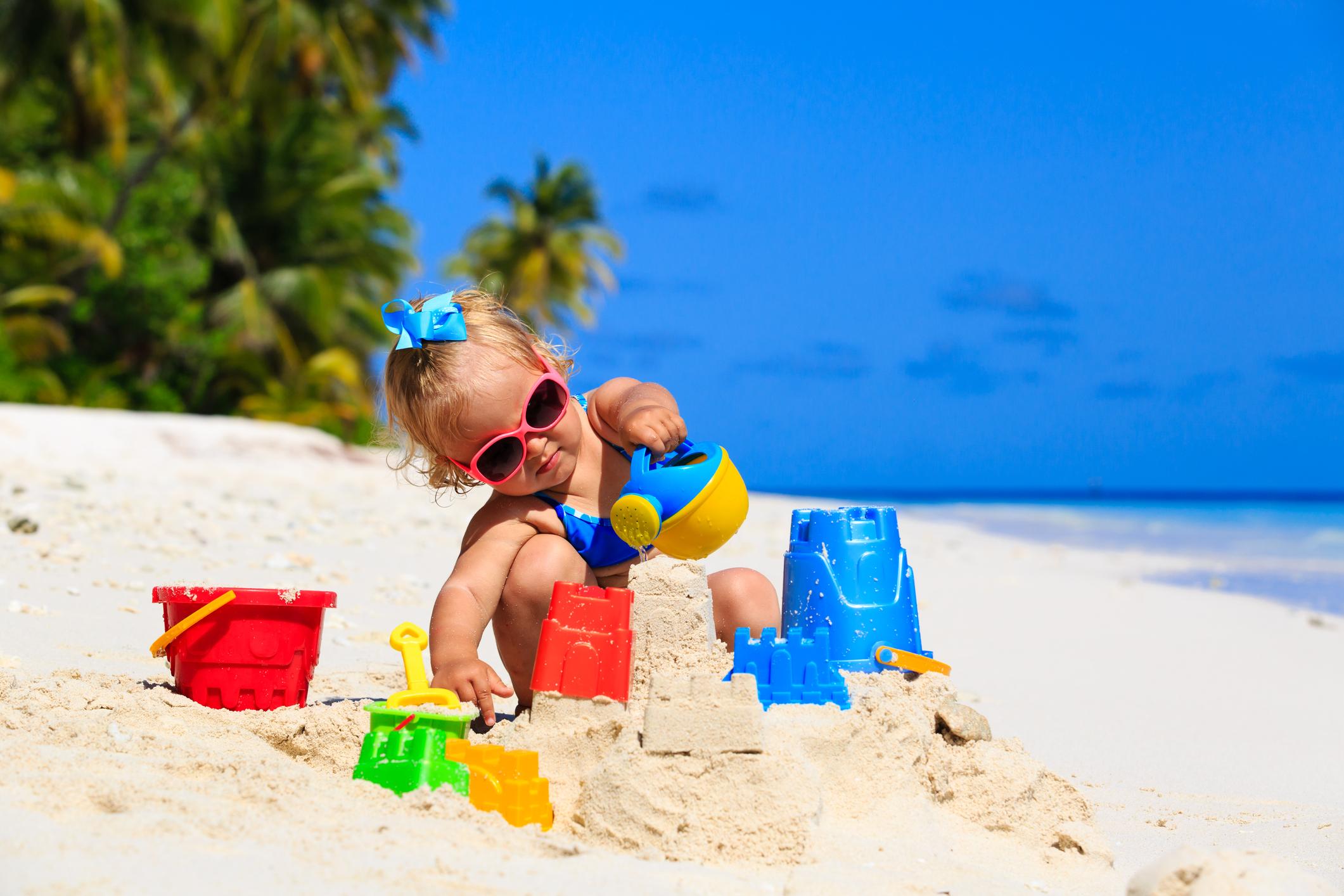 Детските играчки са най-малко привлекателната вещ за крадците, затова е добра идея да сложите парите си там, но от това скривалище могат да се възползват само родителите.