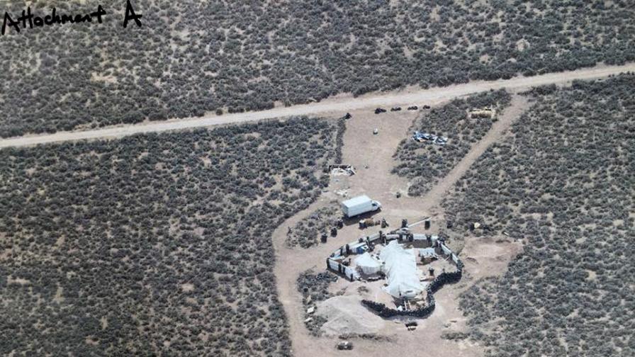 Полицията в САЩ спаси 11 деца, държани в ужасяващи условия