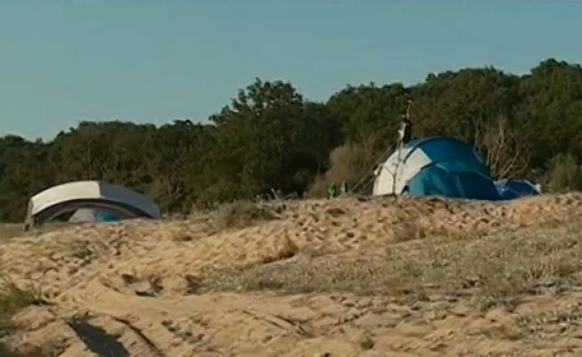 Нова забрана: Без палатки и хавлии на плажа