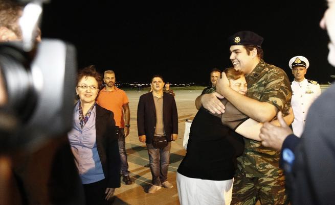 Задържаните за шпионаж в Турция гръцки войници са вече на родна земя