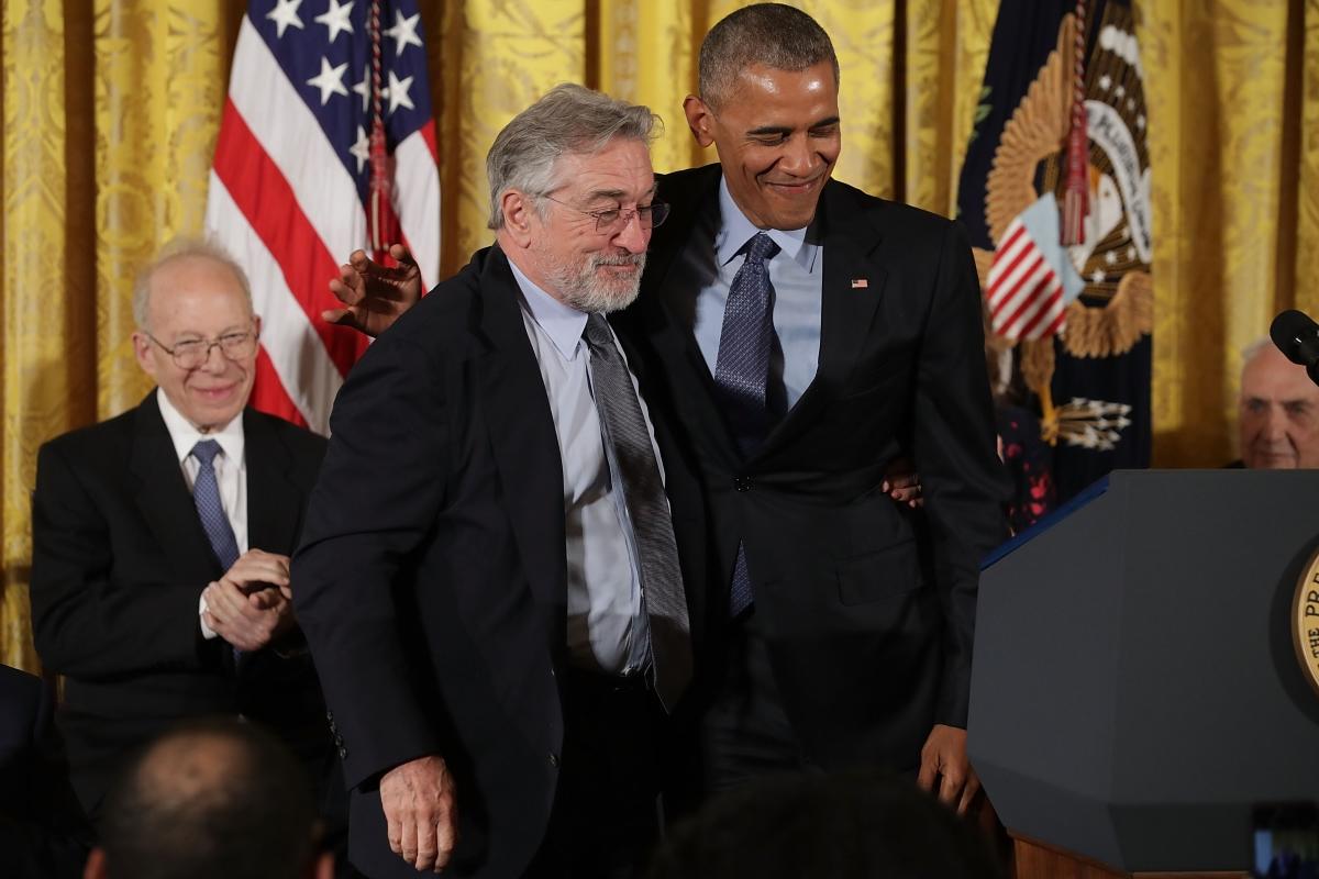 Робърт де Ниро получава почетна награда от бившия президент на САЩ - Барак Обама