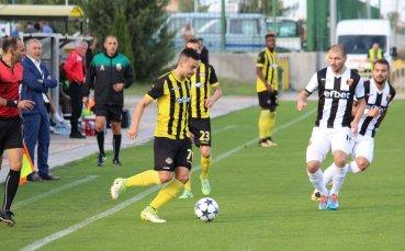 Ботев и Локомотив в сблъсък в първото пловдивско дерби за сезона