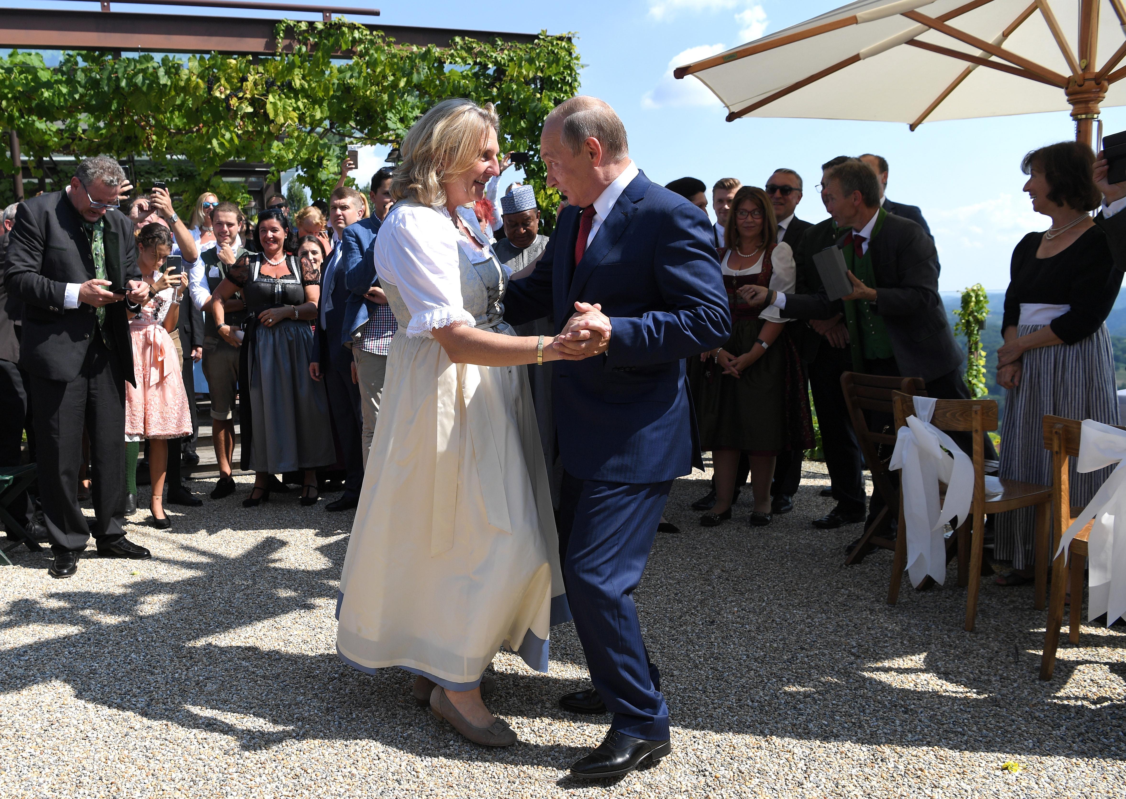 """Сватбената церемония се състои в имението """"Чепе"""" в Гамлиц."""