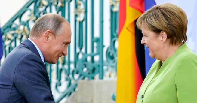 Руският президент Владимир Путин е в резиденцията на германското правителство