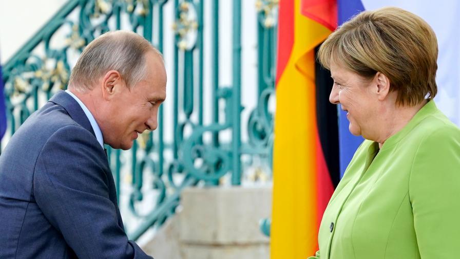 <p>Меркел и Путин в Германия за пръв път от анексирането на Крим</p>