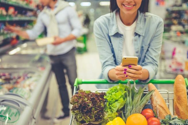 Направете списък с по-леки храни и отидете на следпразнично пазаруване. Никой не е казал, че трябва да спазвате новогодишни обещания, но нищо не пречи да опитате.