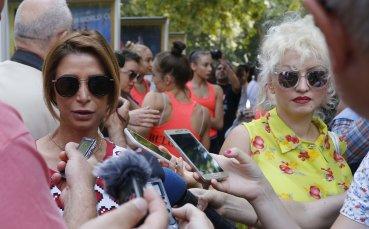Весела Димитрова: Очаквам Ели Бинева да е в титулярния състав