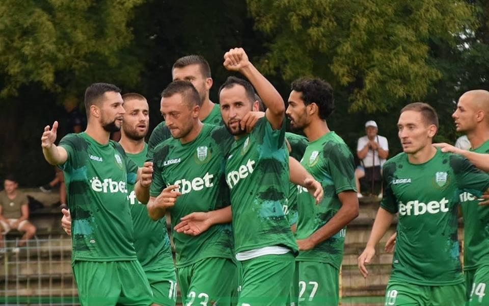 Хебър пак в професионалния футбол след победа в Петрич