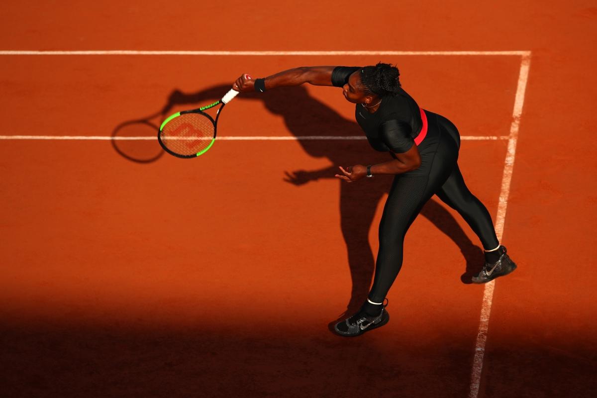 Тя предизвика полемики: дали този тоалет е обида към тениса или е опит за контрол над жените.