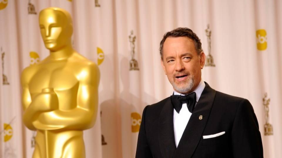 """Том Ханкс е носител на две награди """"Оскар"""" за филмите """"Филаделфия"""" (1994) и """"Форест Гъмп"""" (1995)"""