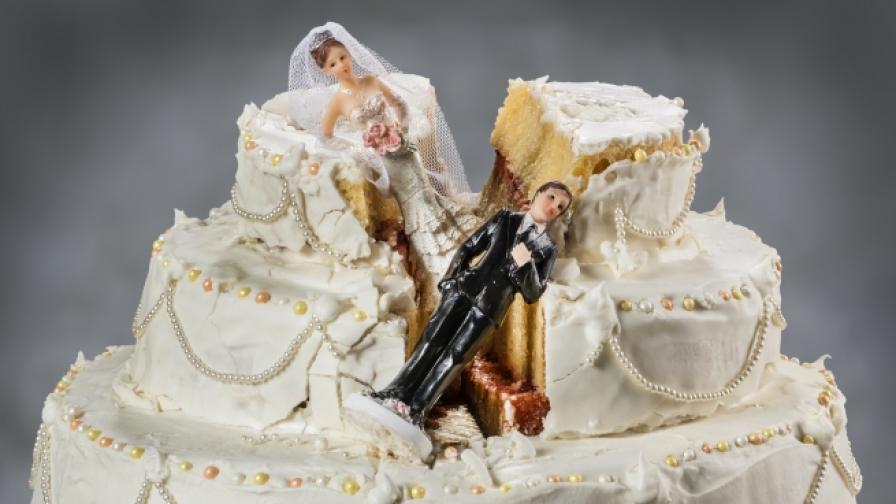 Скандали, довели до развод (СНИМКИ)