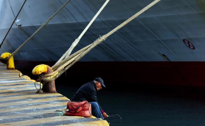 Стачкаспряфериботите в Гърция