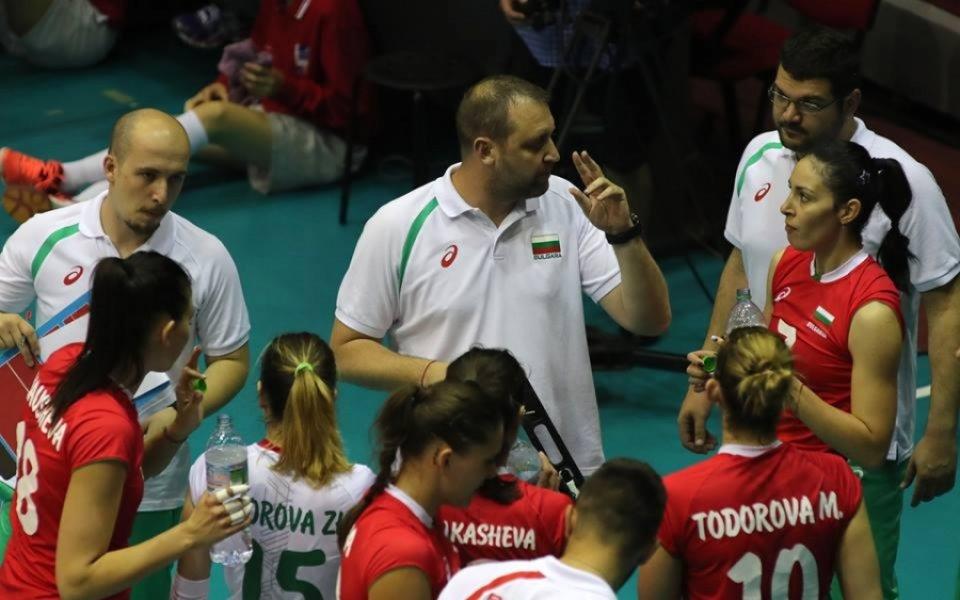 Волейболистките паднаха от Сърбия в петгеймова битка