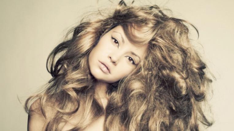 жена коса букли прическа