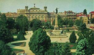 Как изглеждаха българските градове преди повече от 30 г.