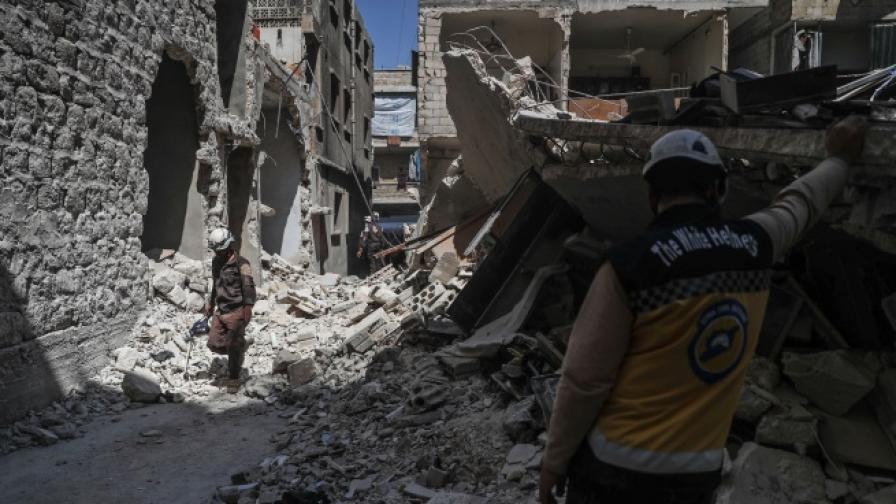 Страхове и пресмятания задържат атаката на Асад в Идлиб