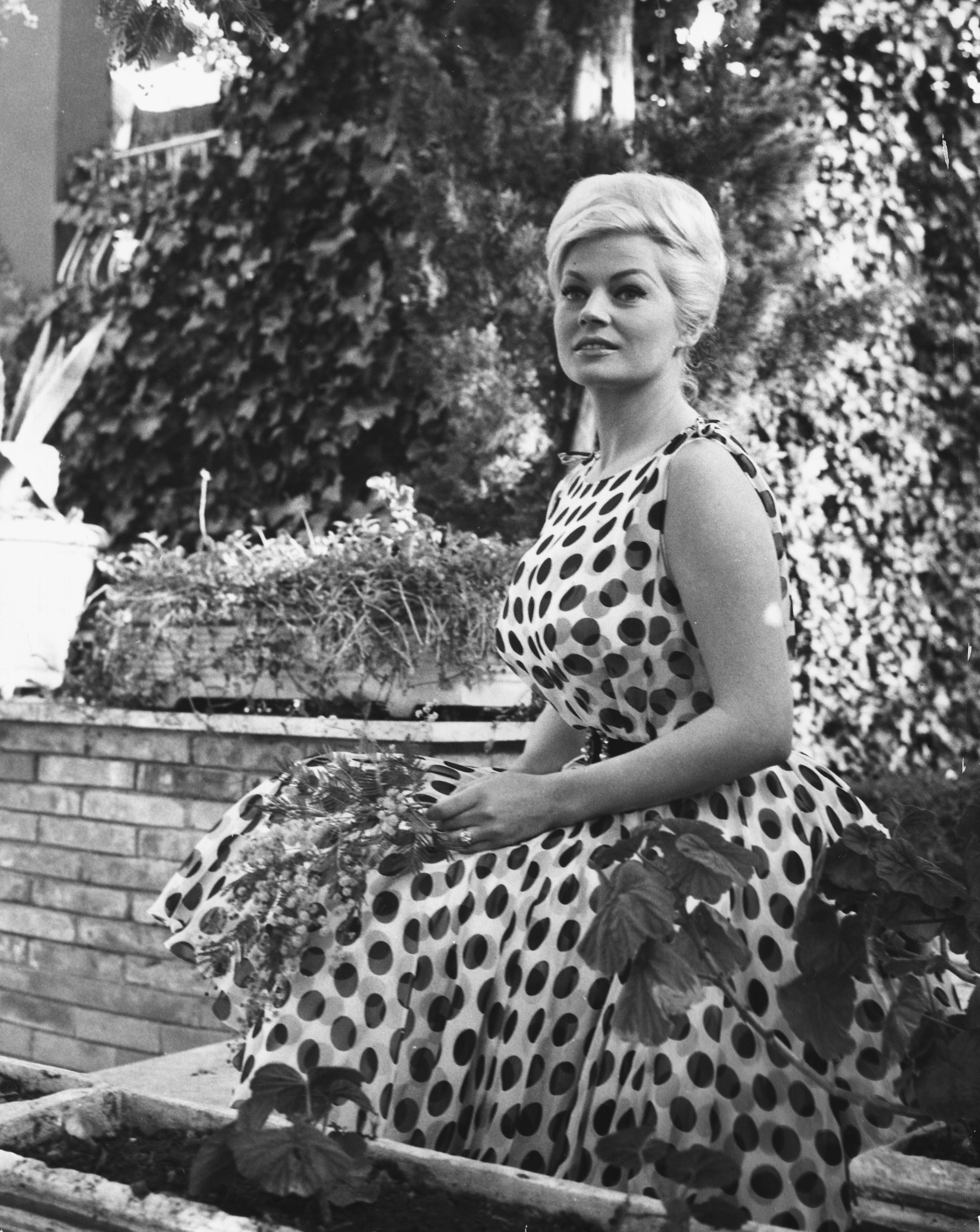 """Критиката е очарована от представянето на Анита, която след това продължава да се снима във филми, но никой не надминава успеха на """"Сладък живот""""."""