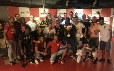 Футболистите на ЦСКА се забавляват с картинг
