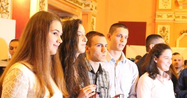 Първите младежи, постигнали златното ниво на Международната награда на херцога