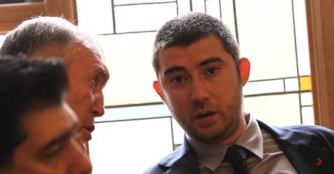 Общинският съветник от ВМРО Карлос Контрера коментира обвиненията срещу него,