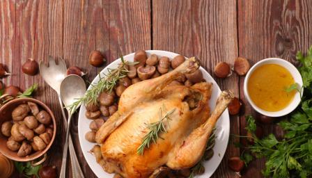 Пълнено пиле с кестени и тиква