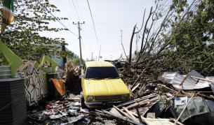 Ужасът в Индонезия расте, повече от 830 жертви